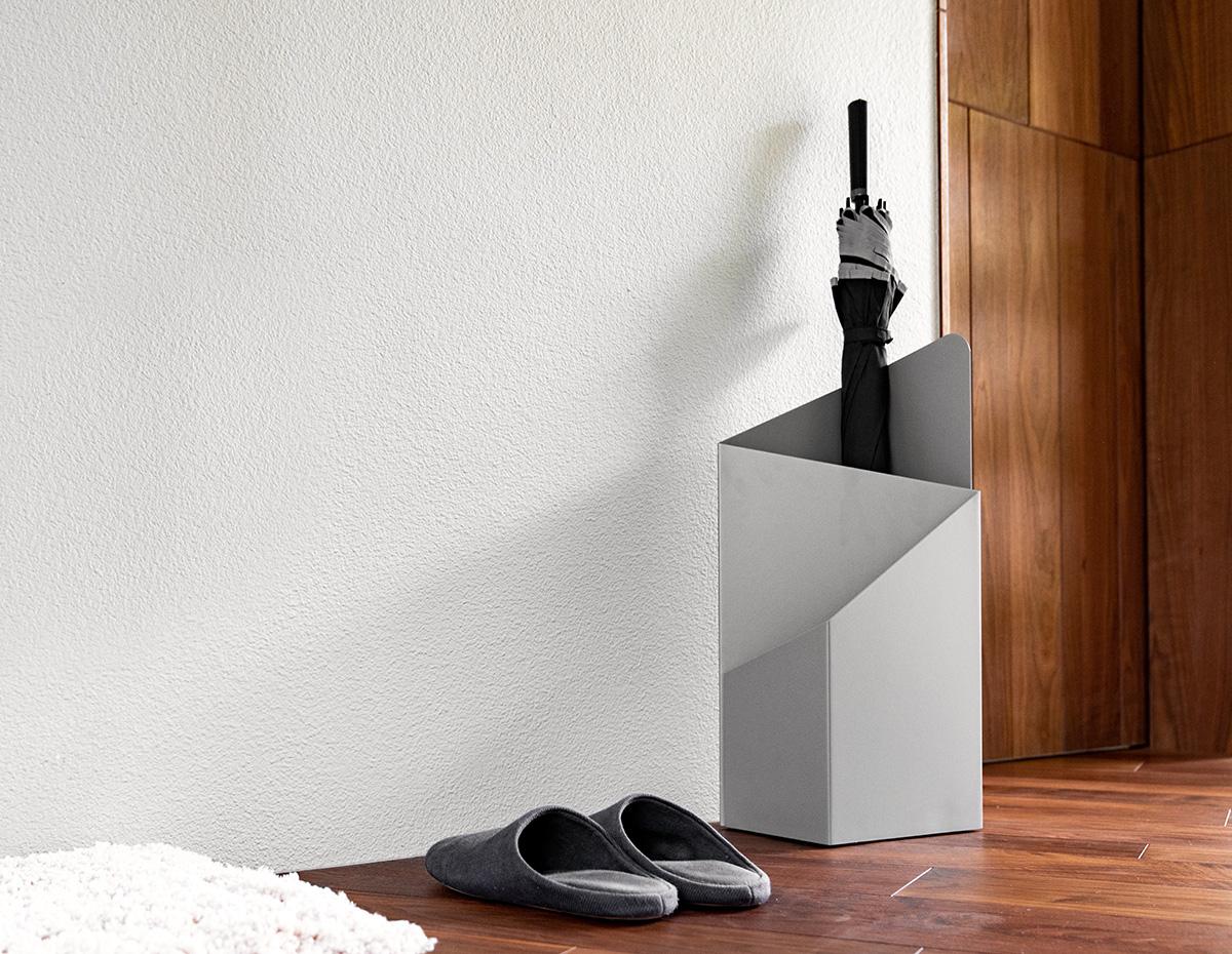 via. Black Bedroom Furniture Sets. Home Design Ideas